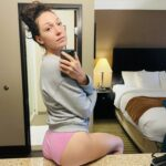 Pornman Lily Labeau pink undies